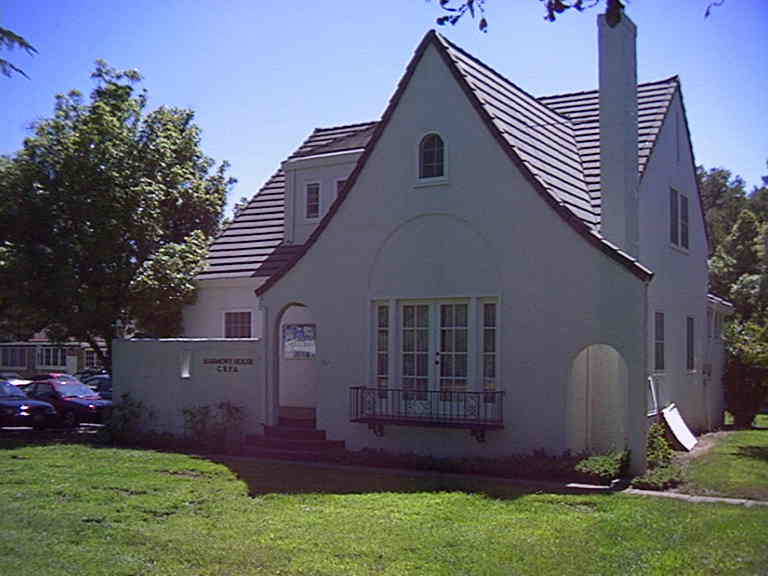 Charming HARMONY HOUSE , 02 130